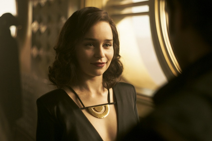 /db_data/movies/starwarshansolo/scen/l/410_26_-_QiRa_Emilia_Clarke.jpg