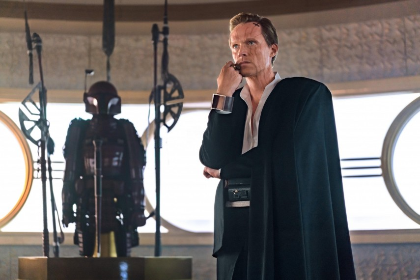/db_data/movies/starwarshansolo/scen/l/410_41_-_Dryden_Vos_Paul_Bettany.jpg