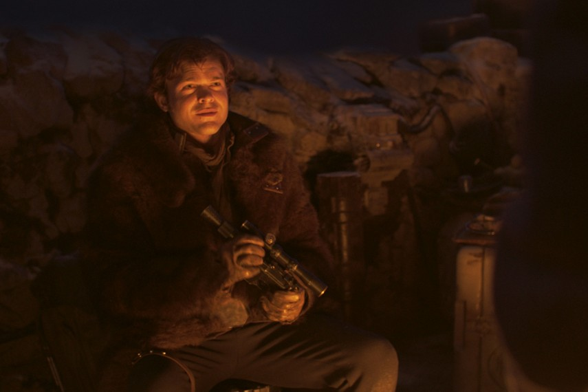 /db_data/movies/starwarshansolo/scen/l/410_42_-_Han_Solo_Alden_Ehrenreich.jpg