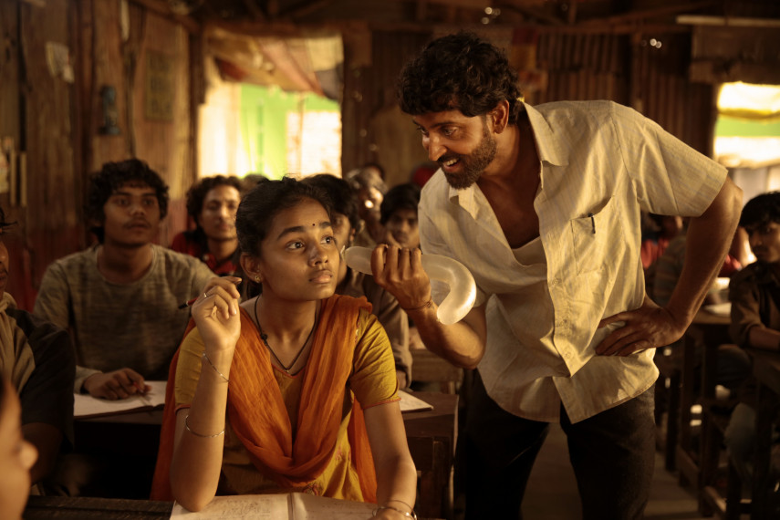 /db_data/movies/super30/scen/l/IU1A0041copy.jpg