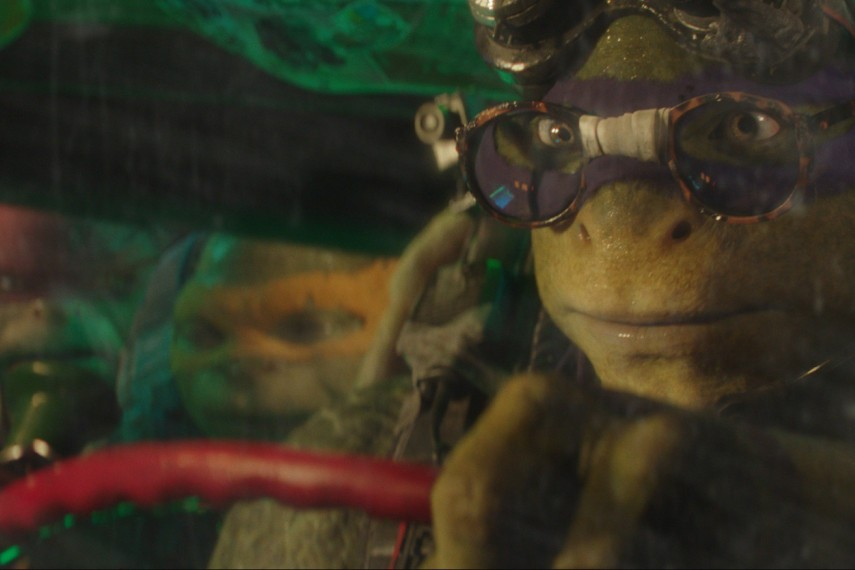 /db_data/movies/teenagemutantninjaturtles20142/scen/l/Donatello_voiced_by_Jeremy_Howard.jpg