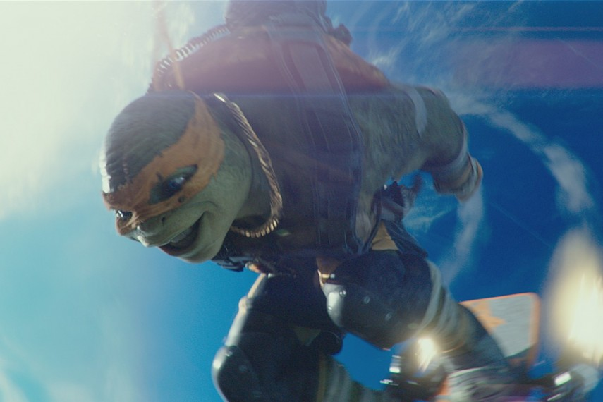 /db_data/movies/teenagemutantninjaturtles20142/scen/l/Michelangelo_voiced_by_Noel_Fisher.jpg