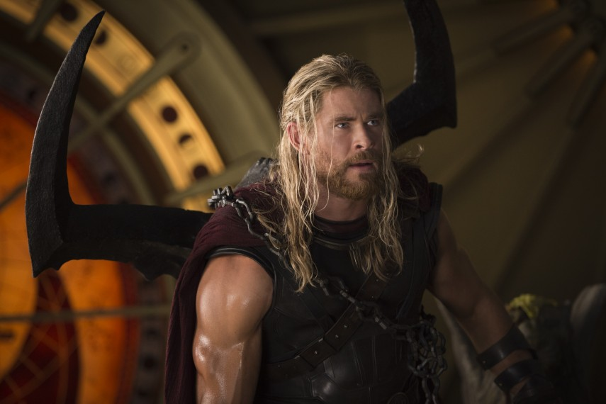 /db_data/movies/thor3/scen/l/410_14_-_Thor_Chris_Hemsworth.jpg
