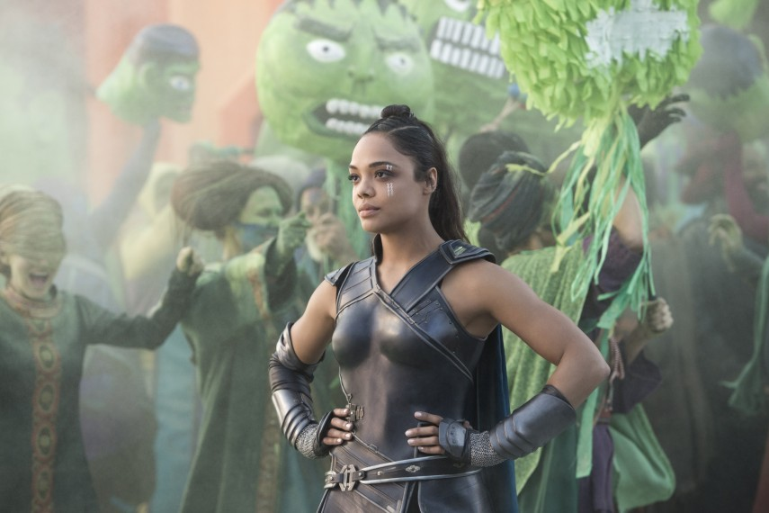 /db_data/movies/thor3/scen/l/410_16_-_Valkyrie_Tessa_Thompson.jpg