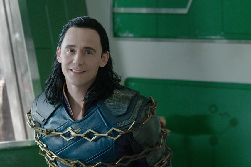 /db_data/movies/thor3/scen/l/410_21_-_Loki_Tom_Hiddleston.jpg