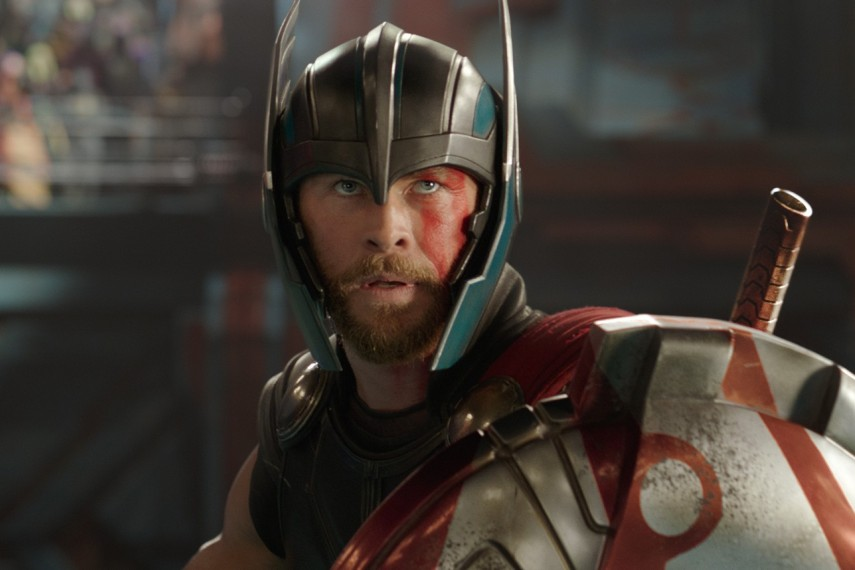 /db_data/movies/thor3/scen/l/410_26_-_Thor_Chris_Hemsworth.jpg