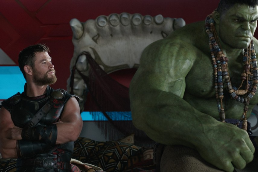 /db_data/movies/thor3/scen/l/410_29_-_Thor_Chris_Hemsworth_.jpg