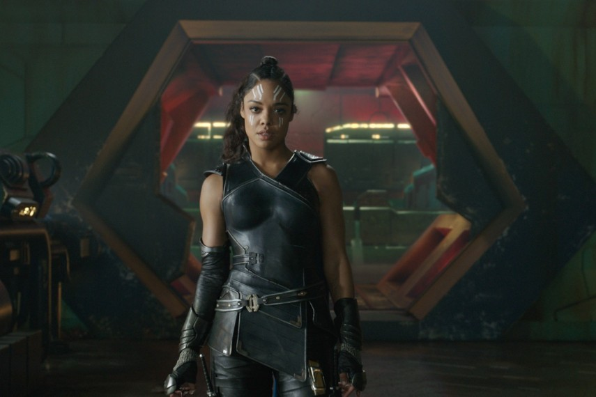 /db_data/movies/thor3/scen/l/410_35_-_Valkyrie_Tessa_Thompson.jpg