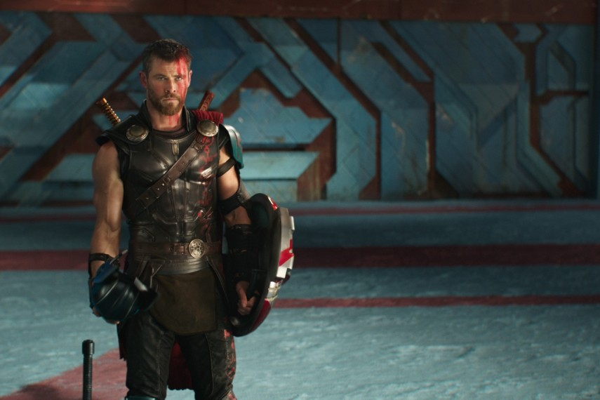 /db_data/movies/thor3/scen/l/410_40_-_Thor_Chris_Hemsworth.jpg
