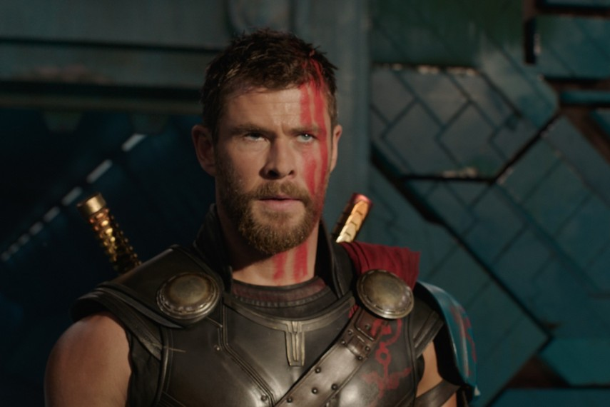 /db_data/movies/thor3/scen/l/410_44_-_Thor_Chris_Hemsworth.jpg