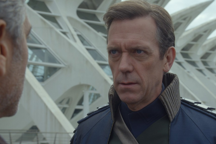 /db_data/movies/tomorrowland/scen/l/410_05__David_Hugh_Laurie.jpg