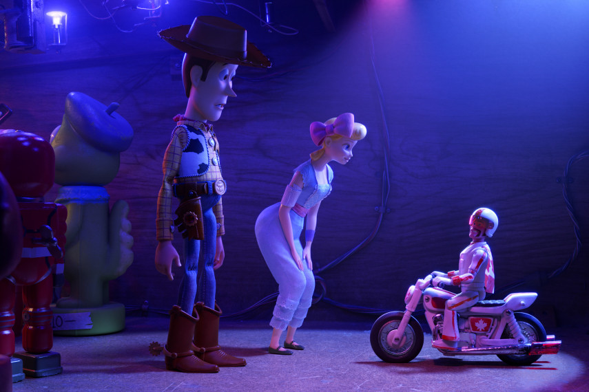 /db_data/movies/toystory4/scen/l/410_06_-_Scene_Picture_ov_org.jpg