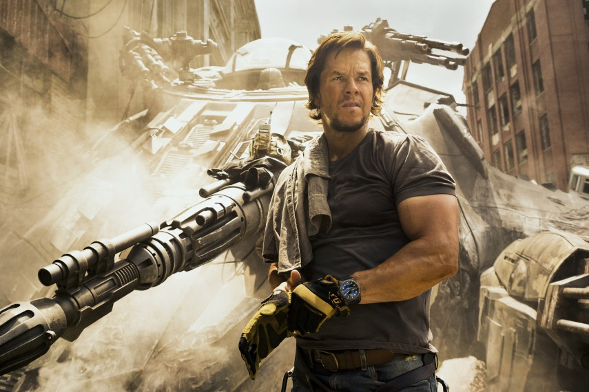/db_data/movies/transformers5/scen/l/410_14_-_Cade_Yeager_Mark_Wahlberg.jpg