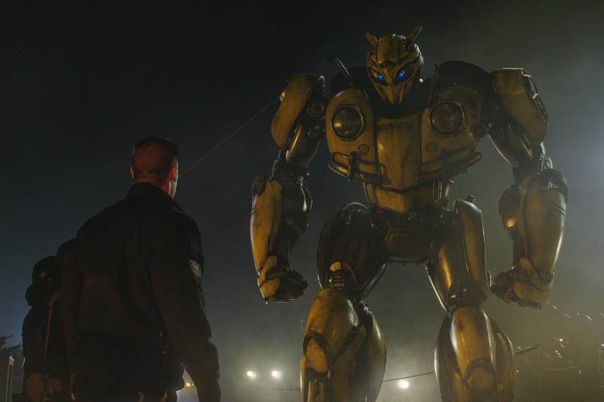 /db_data/movies/transformers6/scen/l/410_04_-_Bumblebee.jpg