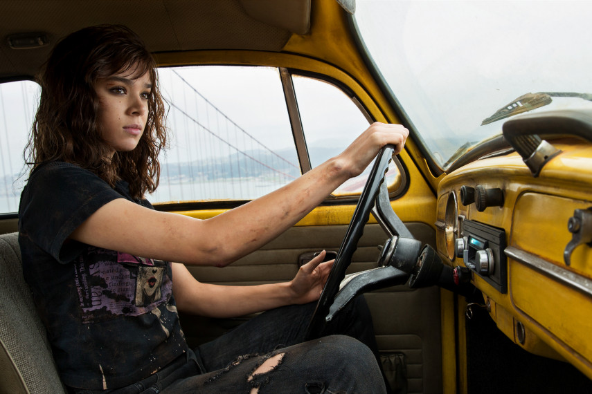 /db_data/movies/transformers6/scen/l/410_07_-_Charlie_Hailee_Steinfeld.jpg
