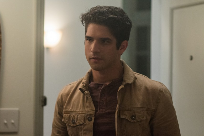 /db_data/movies/truthordare/scen/l/410_07_-_Lucas_Tyler_Posey.jpg