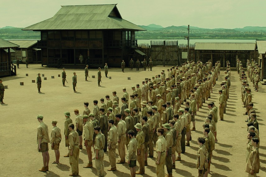/db_data/movies/unbroken/scen/l/Japanese_Prison_Camp.jpg