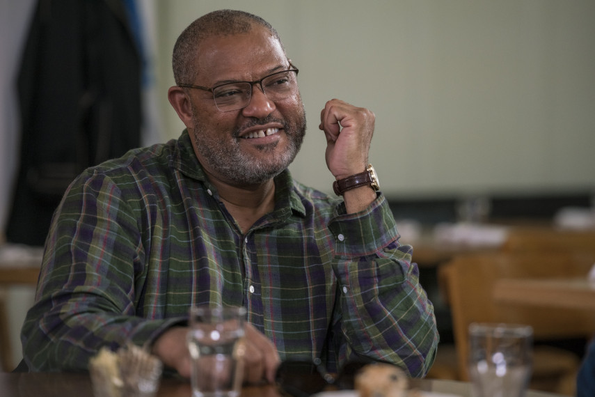 /db_data/movies/wheredyougobernadette/scen/l/410_05_-_Paul_Laurence_Fishburne_ov_org.jpg