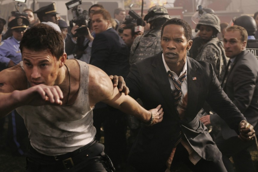 /db_data/movies/whitehousedown/scen/l/Szenenbild_071400x858.jpg