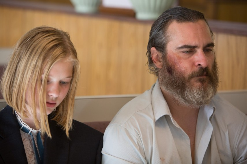 /db_data/movies/youwereneverreallyhere/scen/l/08D5EF6C-DC47-899E-018B55AE8AF61DAD.jpg